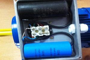 Клеммная коробка однофазного АИР 220В