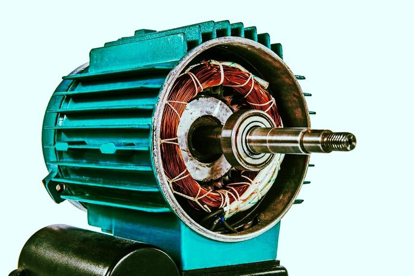 Внутреннее устройтво электродвигателя АИР